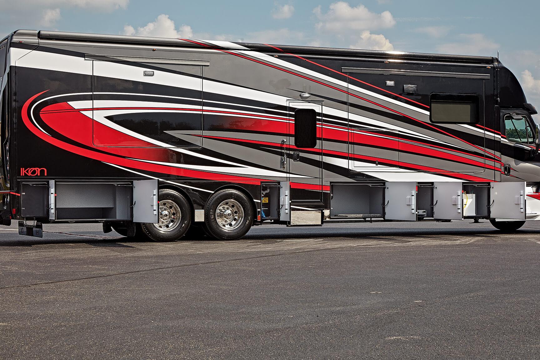 Renegade Ikon Freightliner Motorhome