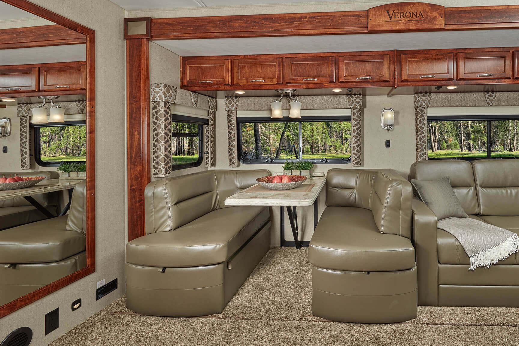 Freightliner Motorhomes – Renegade Verona Freightliner Motor Coach